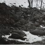 Část kamenné zídky v místě staršího odkryvu úkrytu, rok 1959.